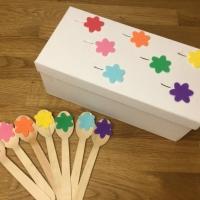 La scatola e i colori